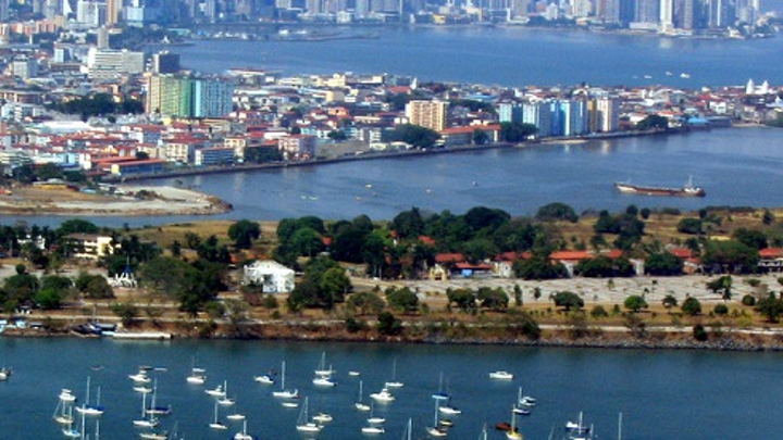 1024px Panama City Skyline Web