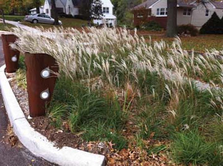 Kc Tall Grass Bollards 1304ww