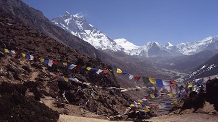 Content Dam Ww Online Articles 2016 04 Prayer Flags Nepal 1442721 1278x866