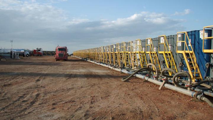 Content Dam Ww Online Articles 2016 05 Water Tanks Preparing For A Frac Job