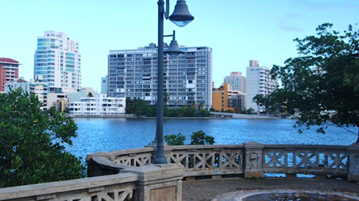 Condado Lagoon in San Juan, Puerto Rico. Photo: Wikimedia Commons.