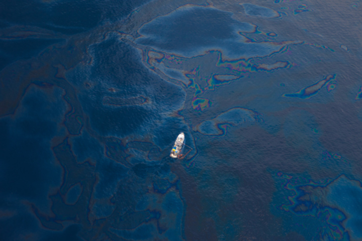 Image from the 2010 Deepwater Horizon oil spill in the Gulf Coast. Courtesy: Wikimedia Commons.