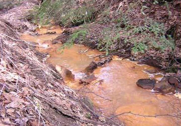 Mining water pollution. Credit: YouTube.