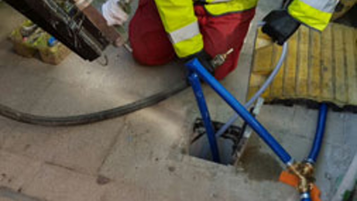 Content Dam Wwi Volume 31 Issue 6 Aquam 1 Operative Relining Lead Pipes Using Serline System