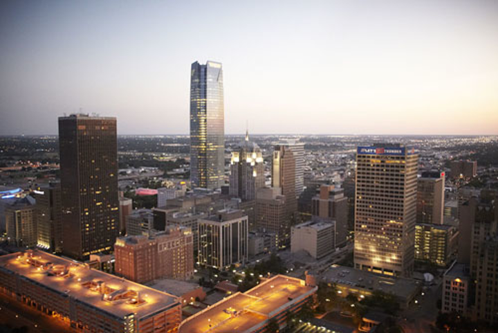 Content Dam Ww Online Articles 2017 01 Downtown Oklahoma City Skyline At Twilight