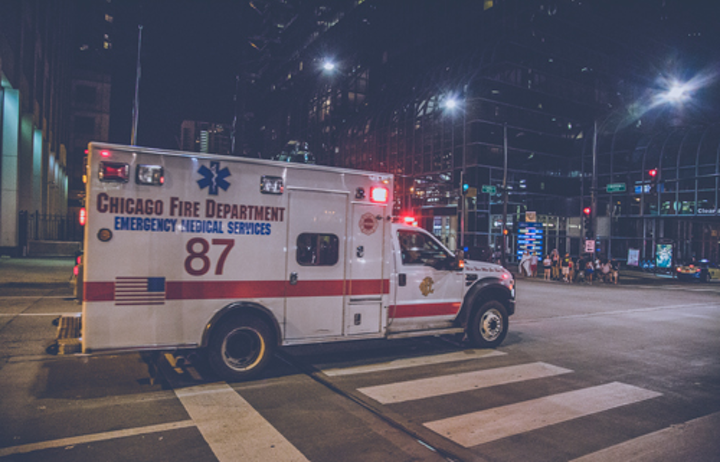 Content Dam Ww Online Articles 2017 02 Chicago Ambulance At Night 6d2b5162