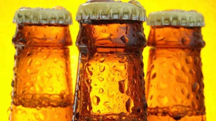 Content Dam Ww Online Articles 2017 06 Cheers Cold Ones Beer Condensation