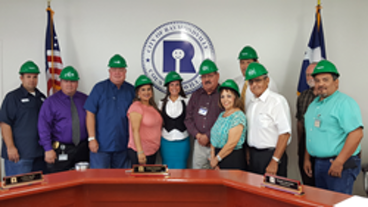 Content Dam Ww Online Articles 2017 07 Gi 90327 City Of Raymondville And Schneider Electric Photo