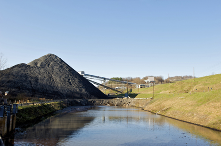 Content Dam Ww Online Articles 2017 08 Csiro Scienceimage 1801 Water Storage At A Mine