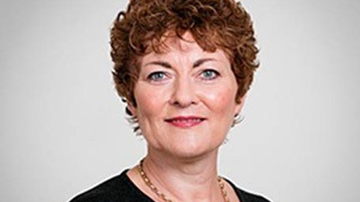 Catherine Lynn