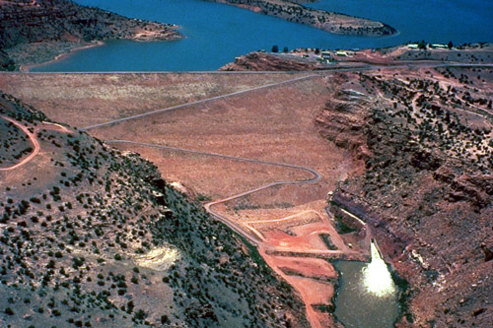 Content Dam Ww Online Articles 2018 12 Iww Abiquiu Lake Landscape In New Mexico Copy 2