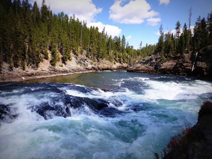 Content Dam Ww Online Articles 2016 12 Whitewater Rush