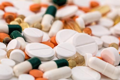 Content Dam Ww Online Articles 2019 03 Ww Addiction Antibiotic Capsules 159211