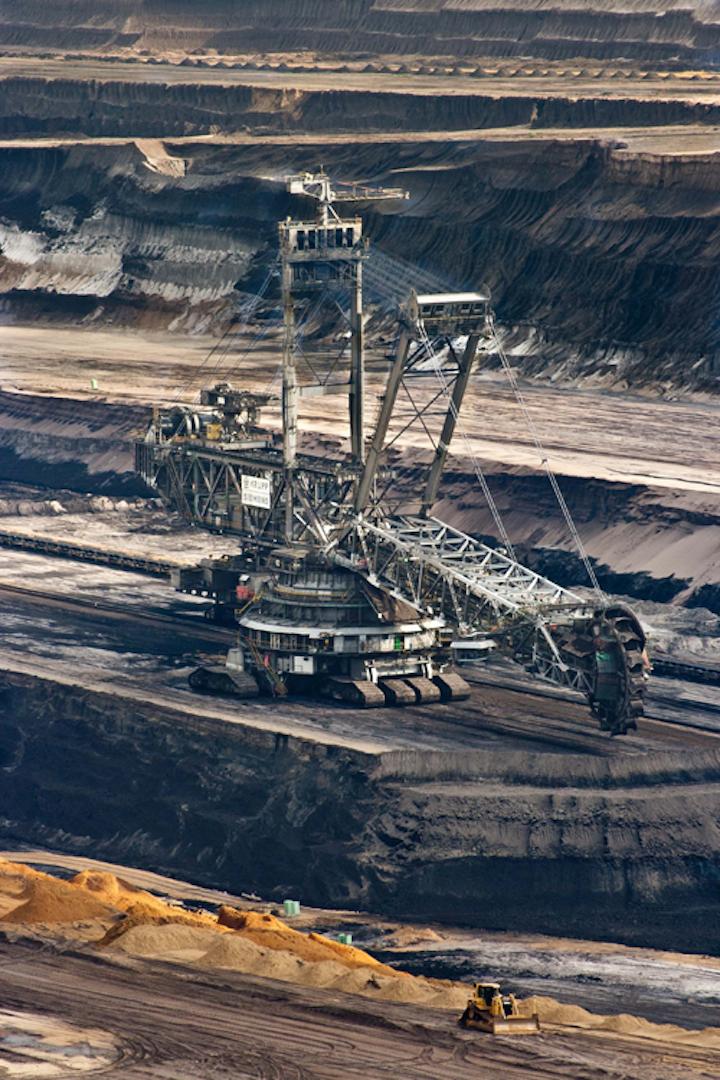Content Dam Ww Online Articles 2019 03 Wwi Coal Bucket Wheel Excavator Coal Equipments 60008