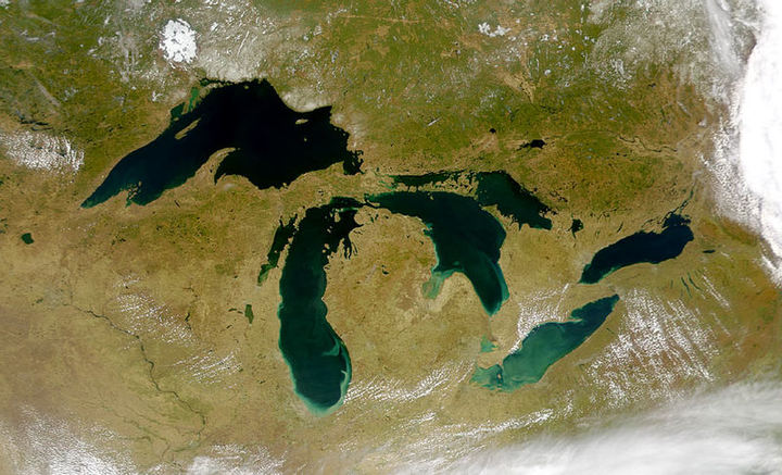 800px Great Lakes From Space